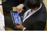Депутаты предложили обязать чиновников отвечать на сообщения в соцсетях. Всех, кроме губернатора