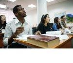 Работодателям облегчили прием на работу студентов‑иностранцев