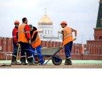 Собянин: мигранты не должны обходиться работодателю дешевле, чем россияне