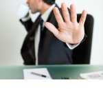 Отказ в приеме на работу: как работнику спросить об этом и что ответить работодателю