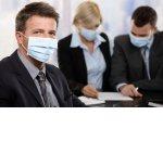 Перегородки, датчики движения и строгие правила: какими станут офисы после пандемии