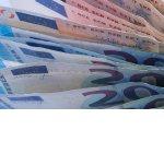 Физлиц обяжут на границах ЕАЭС подтвердить происхождение сумм от $100 тысяч
