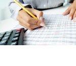 На сумму уплаченных взносов ИП может уменьшить только один налог