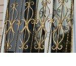 Изготовление металлических решеток на окна и двери