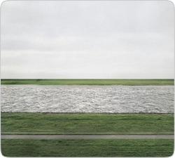 Фотография реки была продана за рекордные $4,4 млн