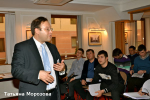 Бизнес–тренер Константин Бакшт