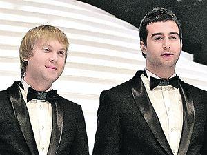 Два простых сельских парня - Сергей и Иван.