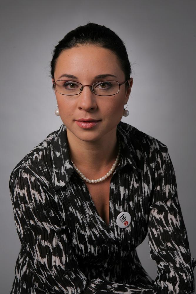 Юлия Сахарова, директор Петербургского филиала HeadHunter