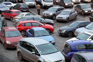 Парковка в тоннелях и мешающая другим машинам