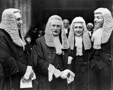 Британские суды для олигархов-чайников