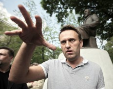 Почему я дал деньги Навальному