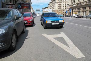 Езда и стоянка на полосе для общественного транспорта