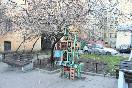 Фигура Железного дворника наодной изКрасноармейских улиц тоже готова стать объектом паломничества гостей города.