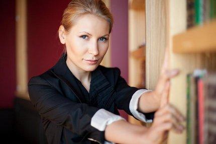 Алена Попова: «В деловом мире продаются схемы бизнеса, а не голые идеи, пусть и гениальные»