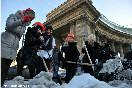 Россия, Санкт-Петербург. Акция &quot;Город спасут от снега девушки в мини-юбках&quot;. Участники женского движения<br />  &quot;Икс-Зет&quot;.<br />                           (Фото: Trend/ Павел Долганов)