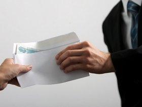 """Законопроект о штрафах за выплату """"серой"""" зарплаты внесен в Думу"""