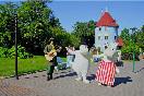 Парк &quot;Страна муми&ndash;троллей&quot; (Финляндия). Стоит на острове вблизи г. Наантали.<br /> Входной билет на взрослого в 2011 году составил 23 евро. Парк работает<br /> с июня по август, а также неделю в феврале. Ежегодно парк посещает порядка 300 тыс. человек.<br />