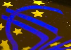 "www.pmoney.ru: Потопят ли ""страны-зомби"" Европейский союз и евро?"