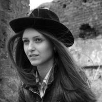 Анна Антонова: Мне нравится помогать людям меняться и лучше выглядеть