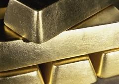 www.pmoney.ru: Насколько выгодно вкладывать деньги в золото?