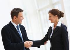www.pmoney.ru: Удачно трудоустроиться за рубежом могут лишь немногие