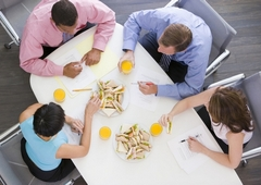 www.pmoney.ru: Питание в офисе. Как сберечь здоровье и деньги