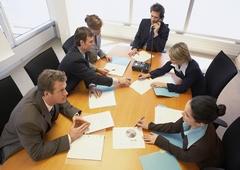 """www.pmoney.ru: """"Белые воротнички"""": 7 опасностей, которые нас подстерегают в офисе"""