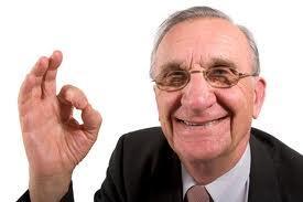 пожилой бизнесмен.jpg