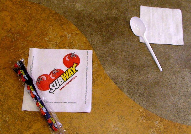 Стандарты Subway: наши салфетки в 1,5 раза больше обычных российских аналогов