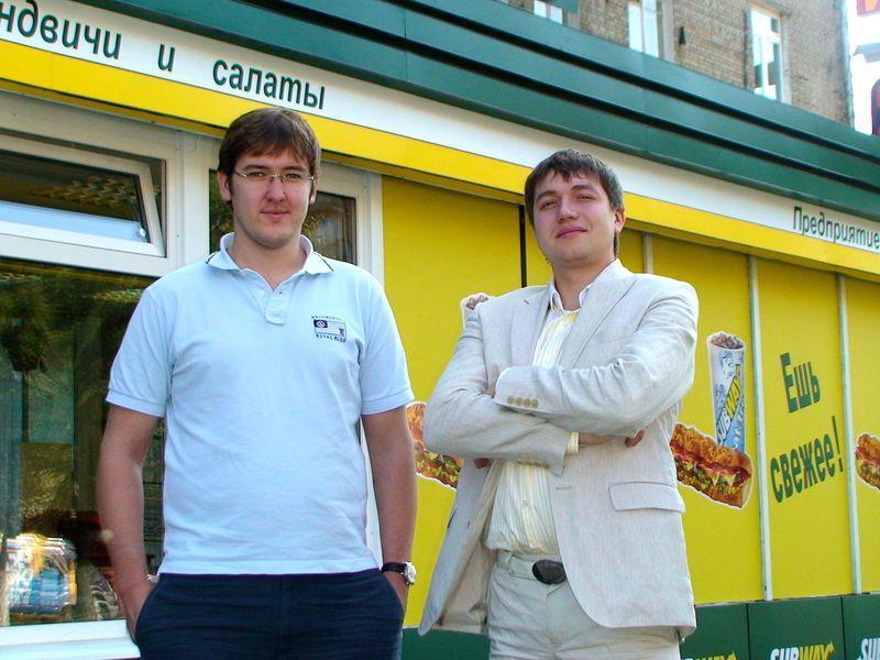 Евгений и Андрей Руденко - не только следуют всем стандартам из Красной книги Subway, но и создают их для малого бизнеса в России