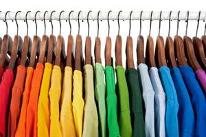 Как сделать качественную одежду из простого дизайна и патриотических настроений