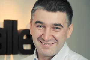 Сергей Белоусов: «Мы инвестируем в компании не больше 5 млн долларов. Это не значит, что бизнес, которому нужно больше денег, плохой. К нам не раз приходили люди с просьбами вложить 10 или 100 млн долларов, но мы отказывали. Иногда зря»
