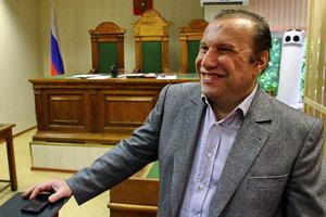Шурин Юрия Лужкова Виктор Батурин признан виновным в мошенничестве