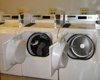 http://www.tufts.edu/tie/tcisites/default/files/publication/washing-machines_0.jpg